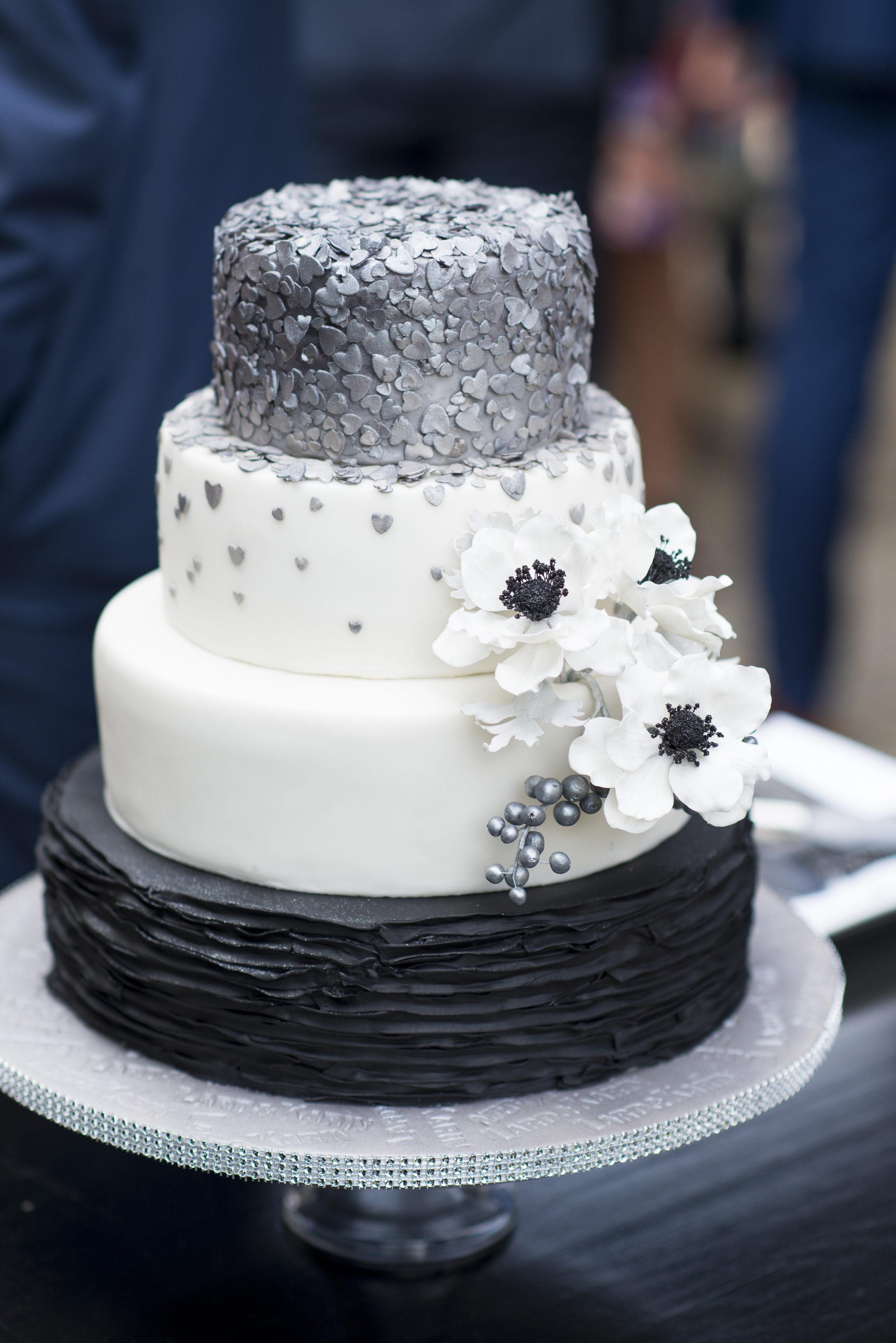 View More: http://blikenbloosfotografie.pass.us/2017-09-01-bruiloft-lard-karin